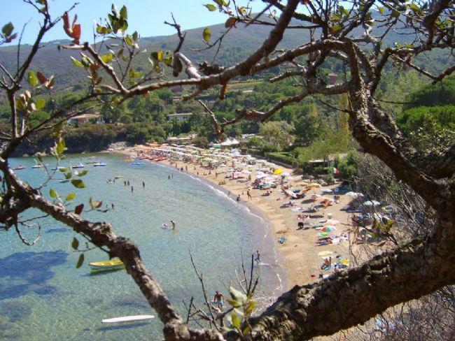 Villa trifamiliare a 600 mt dalla spiaggia