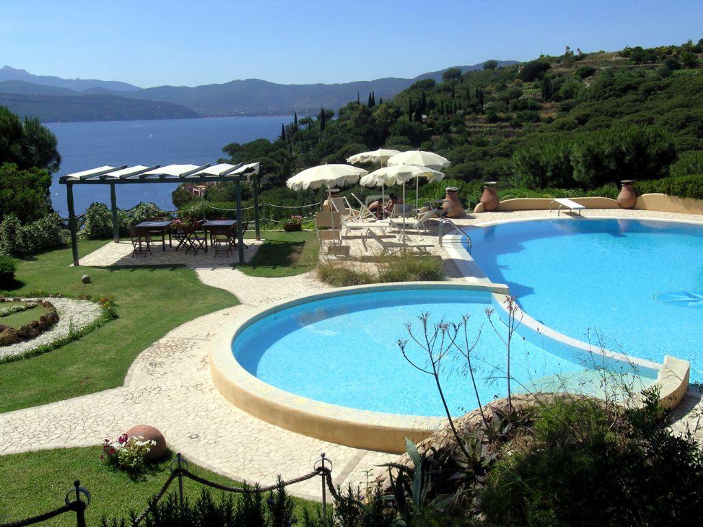Villa Soprana Appartamenti E Ville All 39 Isola D 39 Elba Da